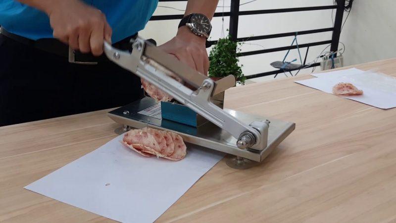 Máy cắt thịt mini đông lạnh bằng tay