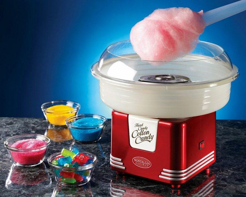 Máy kẹo bông gòn có thiết kế nhỏ gọn, tiện dụng