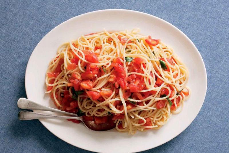 món ăn xúc xích spaghetti